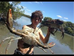 Binary Option Tutorials - Tradarea Video Course EP 3 - HUGE MUDCRABS Caught BAREHAN