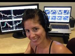 Binary Option Tutorials - trading profitable This Female Trader Is On Fire! (Her